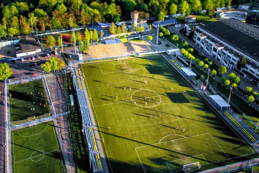 Toegangsbeheer voor sportverenigingen: regel zelf wie op uw sportcomplex komt