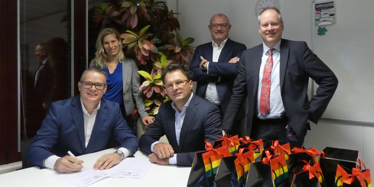 De ondertekening van de inkoopsamenwerking 'Gezamenlijke Inkoop Onderhoudsmaterialen'